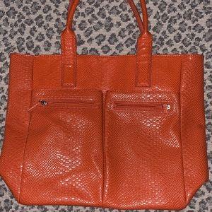 Neiman Marcus Bags - Neiman Marcus leather tote bag